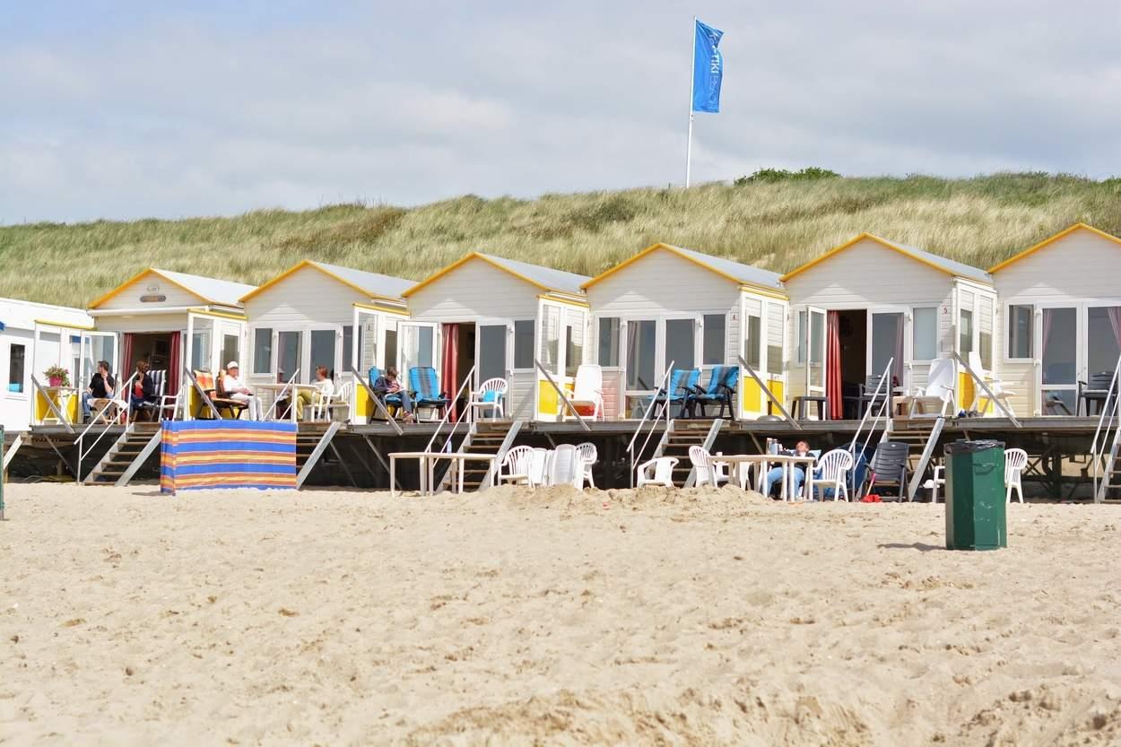strandhuisjes aan zee in vlissingen